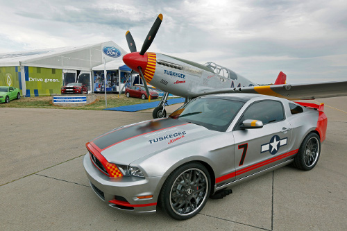2013 Red Tail Mustang 01 500x333