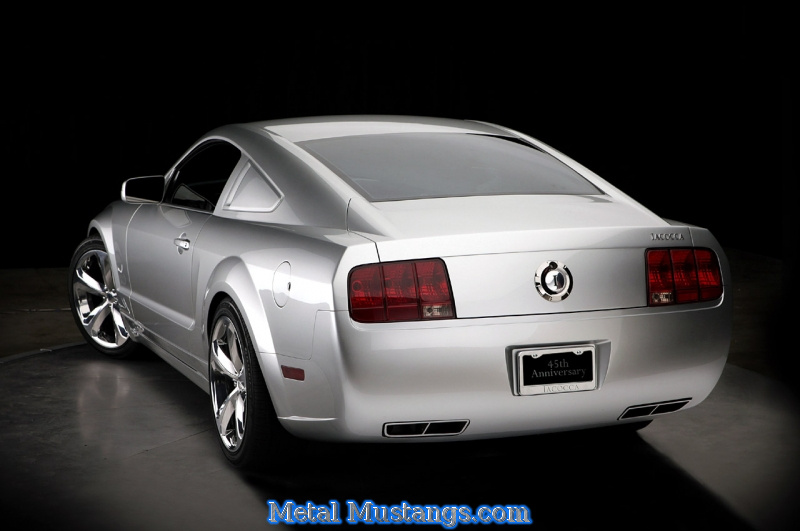 2009_Lacocca_Mustang_02