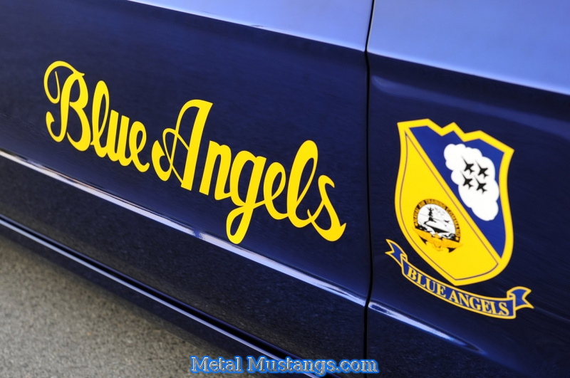 2012_GT_Blue_Angels_Mustang_13